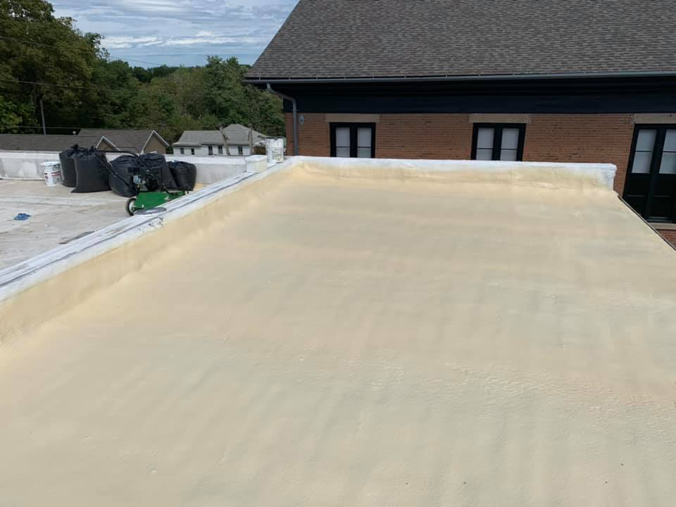 Installing Seamless Foam Roofing East Texas